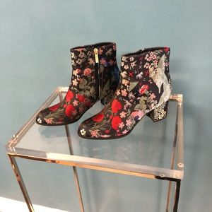 Unisa Floral Ankle Boots / Booties